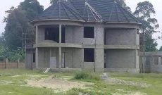 4 bedroom shell house for sale in Ntinda at 750m
