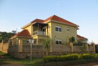 5 bedroom house for sale in Muyenga at 290,000 USD