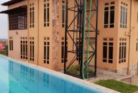5 bedrooms for sale in Munyonyo with swimming pool at $400,000