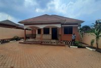 4 bedroom house for sale in Kira Mulawa at 280m