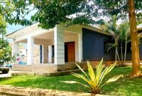 4 bedroom house for sale in Kira Nsasa at 450m