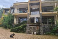 4 units apartment block for sale in Kyambogo $2,400 monthly at 950m
