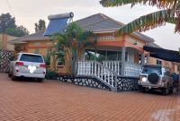 3 bedroom house for sale in Komamboga 20 decimals at 500m