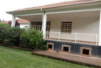5 bedroom house for sale in Kololo at 1.2m USD