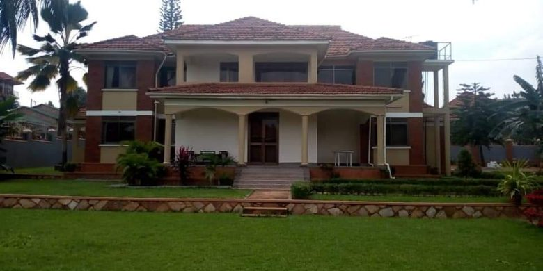 5 bedroom house for sale in Ntinda on 50 decimals at 530,000 USD